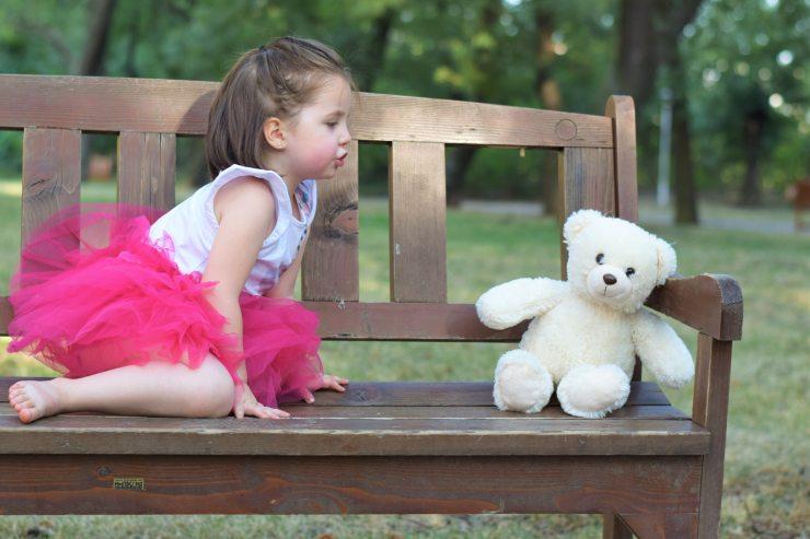 bench-child-cute-160433.jpg