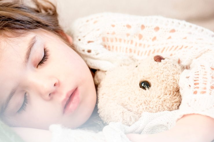bed-child-cute-101523.jpg